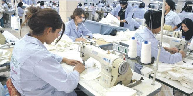 Textile-Habillement : l'AMITH signe avec deux principales unions françaises