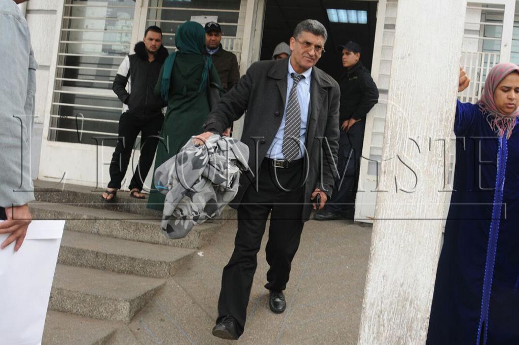 Le policier a été transporté en urgence à l'Hôpital Cheikh Khalifa