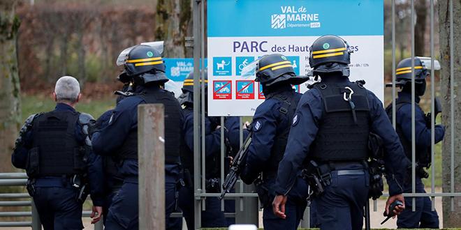 Attaque au couteau près de Paris : au moins un mort et trois blessés