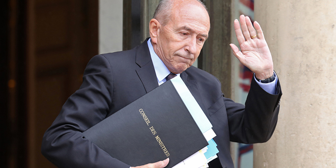 Macron accepte la démission de Collomb