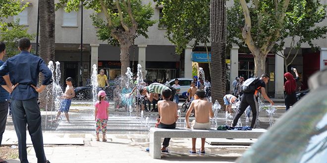 Diapo / Fès-Canicule : Les fontaines relaient les piscines