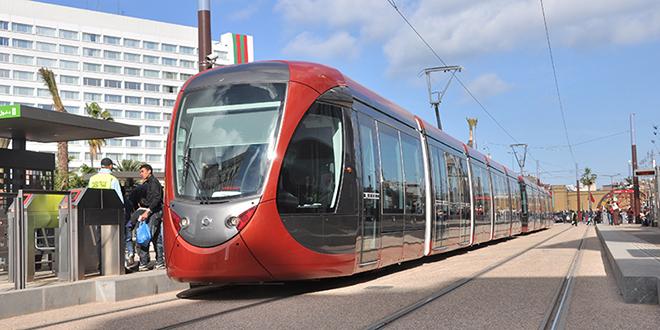 Le Roi inaugure la ligne 2 du tramway de Casablanca