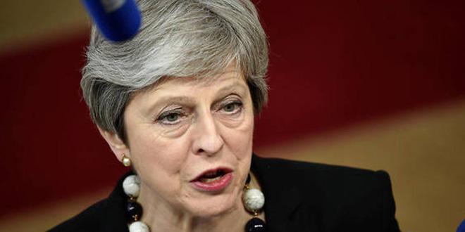 Brexit : 4 ministres jettent l'éponge