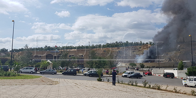 DIAPO-Fès: Trois autocars prennent feu à la gare routière