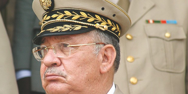 Algérie : Le chef de l'armée demande la destitution de Bouteflika