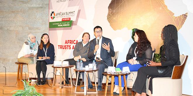 """Sommet d'Ifrane: Un appel à une Afrique """"unifiée et confiante"""""""