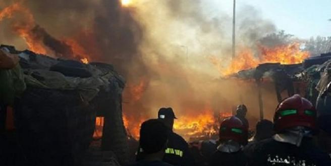 Fès : Plus d'une centaine de baraques partent en fumée