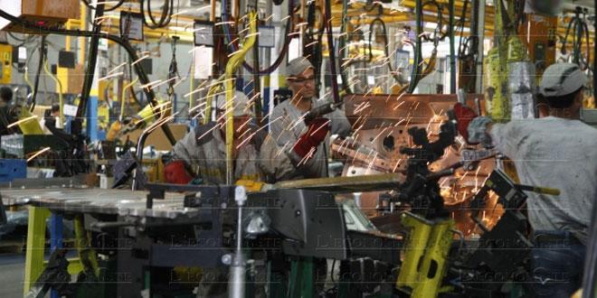 Industrie: Baisse de la production