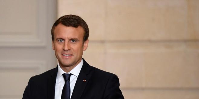 Législatives : Macron confirme