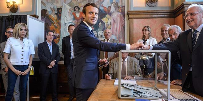 Abstention record, La République en marche largement en tête