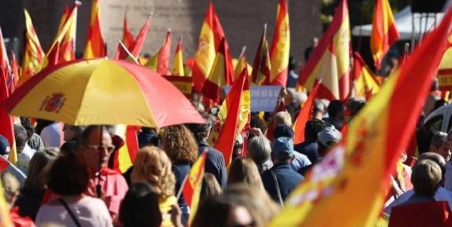 Catalogne : Les partisans de l'unité espagnole répliquent