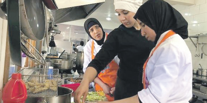 Au Maroc, un restaurant «surbooké» tenu par des femmes sans revenus