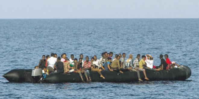 Tanger : La Marine sauve plus d'une trentaine de migrants