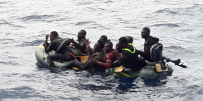 La Marine Royale secourt 247 migrants
