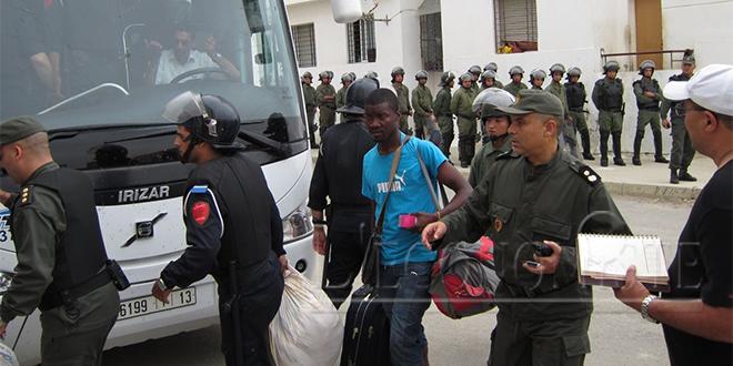 Fahs-Anjra: Plus de cent migrants retrouvés dans deux logements