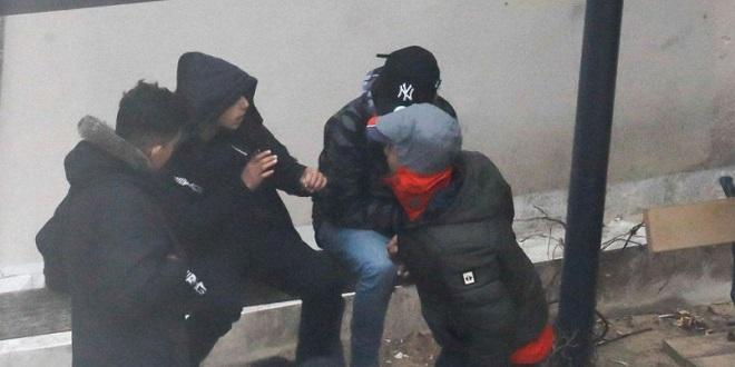 Des policiers marocains chargés d'identifier des mineurs errants — Paris