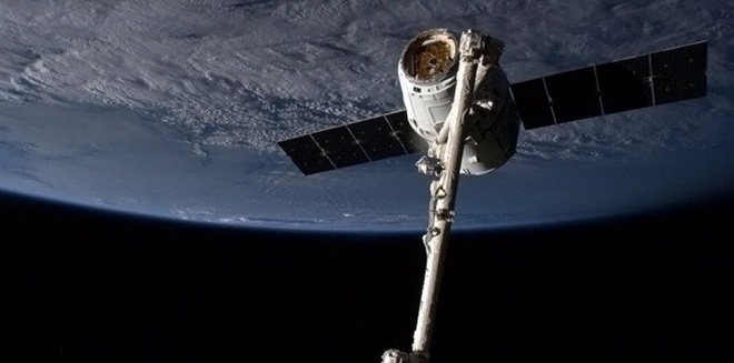 NASA : Arrivée de la capsule Dragon a l'ISS