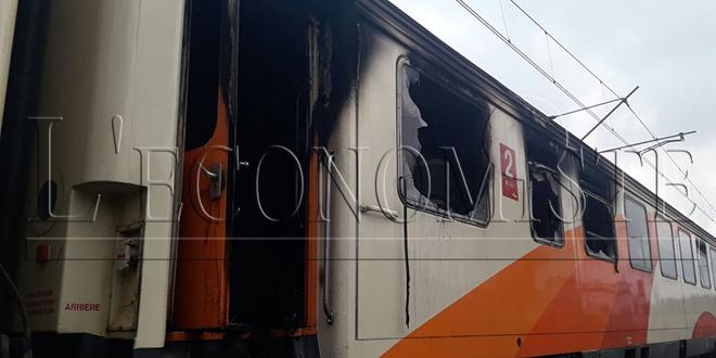 VIDÉO/ Un train de l'ONCF prend feu