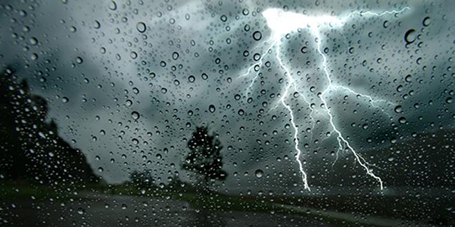 Averses orageuses localement fortes ce samedi