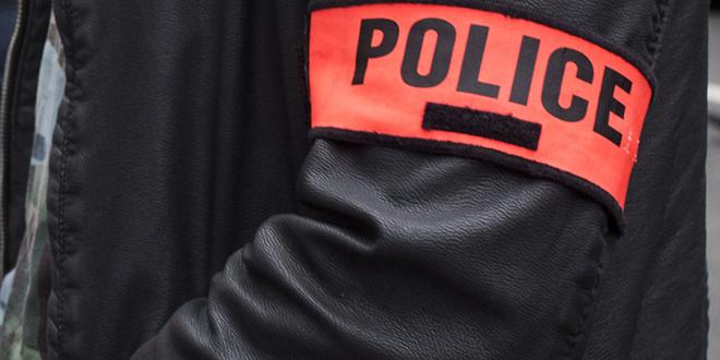 France: un homme fonce sur des passants avec un véhicule