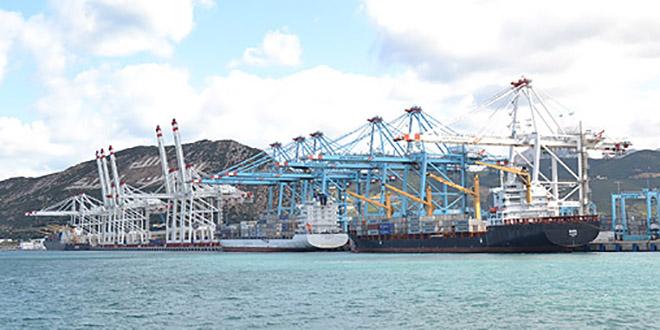 """Covid19 : Fermeture """"jusqu'à nouvel ordre"""" du port de Laâyoune"""