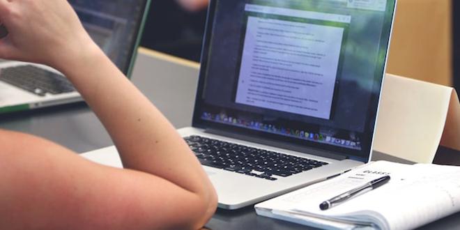 Une nouvelle taxe inquiète la presse en ligne
