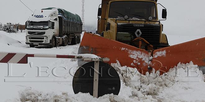 Neige : 5.000 km de routes fermées