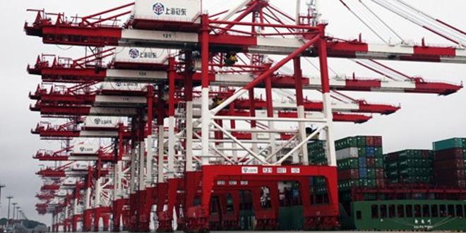 Shanghai : Le plus grand terminal de conteneurs automatiques du monde en phase de test