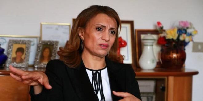 Une femme d'Ennahdha prend la mairie de Tunis