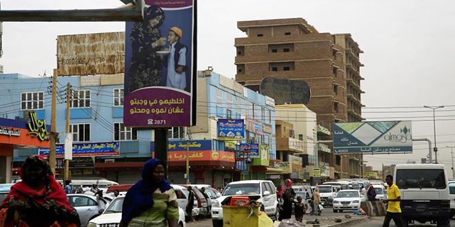 Soudan: signature d'un accord entre militaires et chefs de la contestation