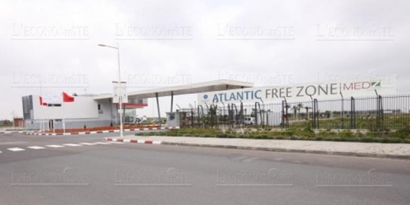 Atlantic Free Zone: Un millier de cols blancs recrutés d'un seul coup!