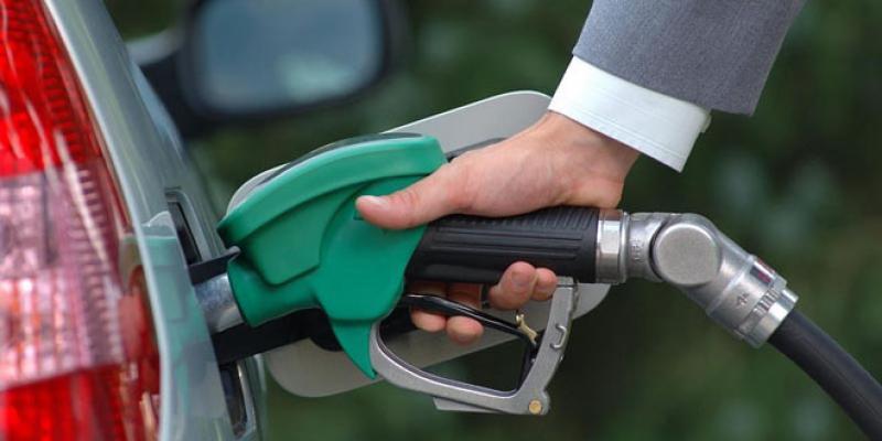 Carburants: Le consommateur, seul perdant de la décompensation