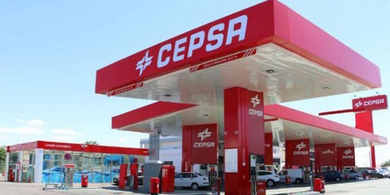 Stations-service: Gros deal entre Derhem Holding et Cepsa