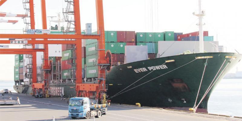 Balance commerciale: Forte hausse de l'export et… du déficit