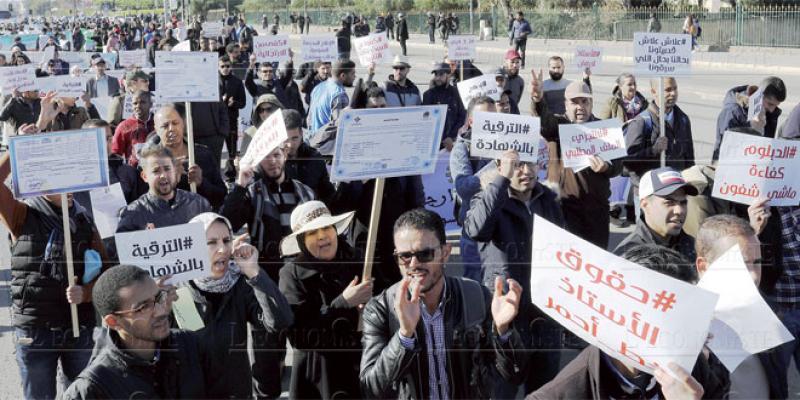 Education nationale: Les enseignants démarrent l'année par une grève