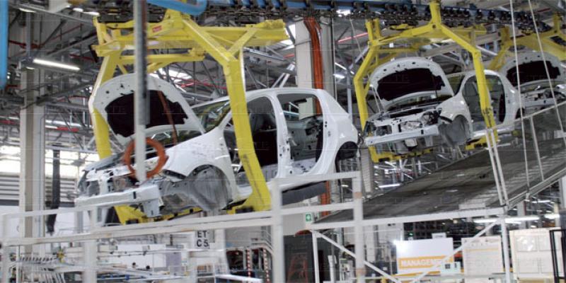 Industrie: Elalamy décline son «plan de remplacement»