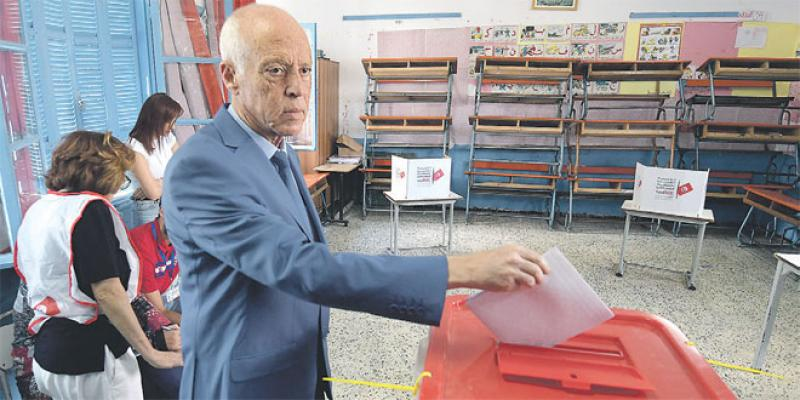 Législatives: Les Tunisiens votent sans grande conviction