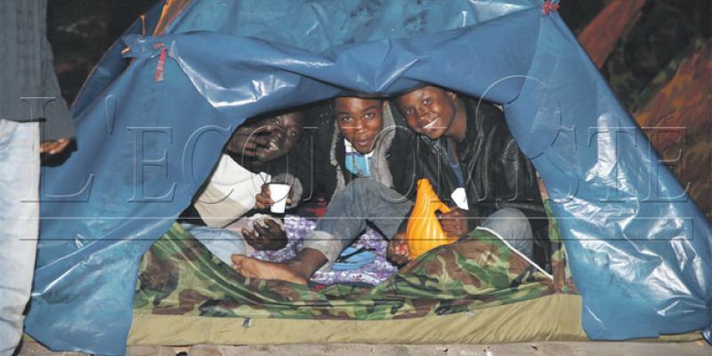 Migrants subsahariens: Le système D pour narguer un quotidien incertain