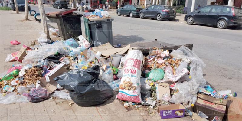 Saïdia croule sous les déchets ménagers
