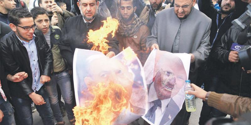 Statut d'Al-Qods Les Palestiniens en colère