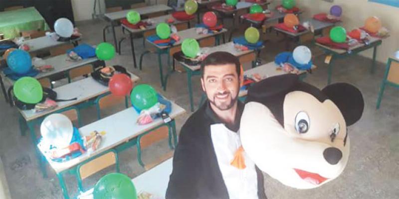 Le super prof du Rif surprend ses nouveaux élèves