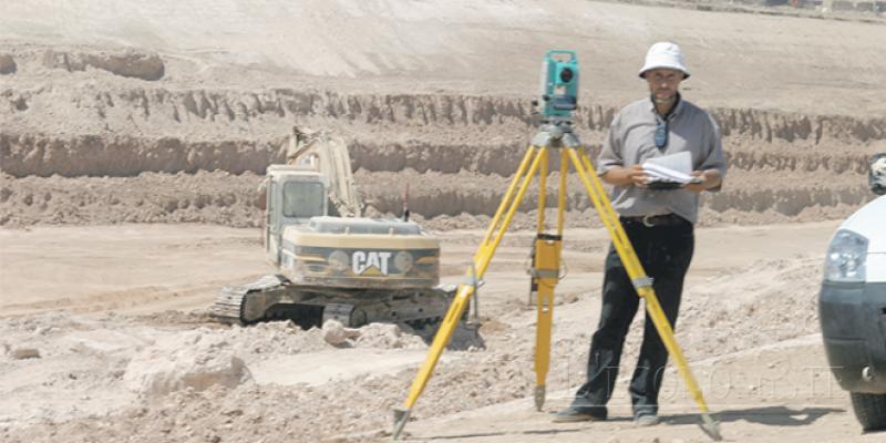 Certification électronique: Les géomètres topographes outillés