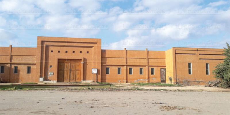 Village des artisans de Dar-Bouazza: Construit pour rien!