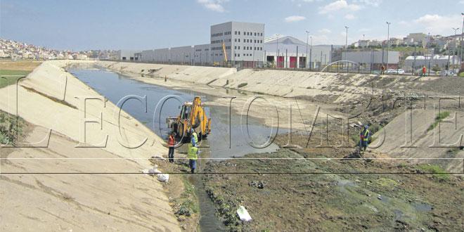 Tanger: La prévention des inondations continue