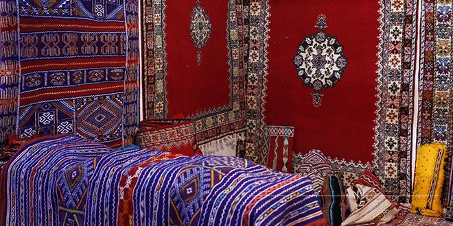 Bonnes performances du tapis et de la poterie