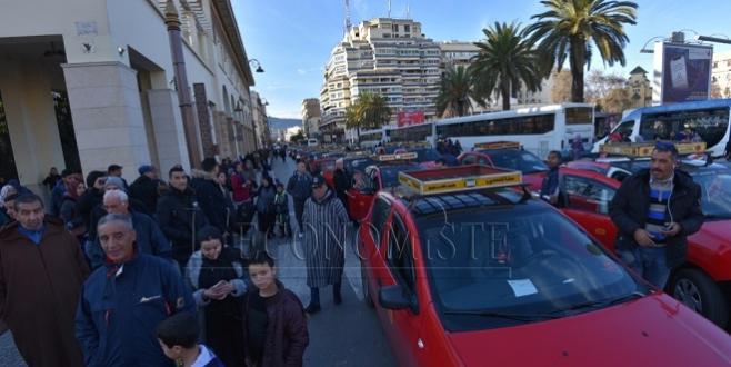 DIAPO/ 5e journée de grève des taximen à Fès