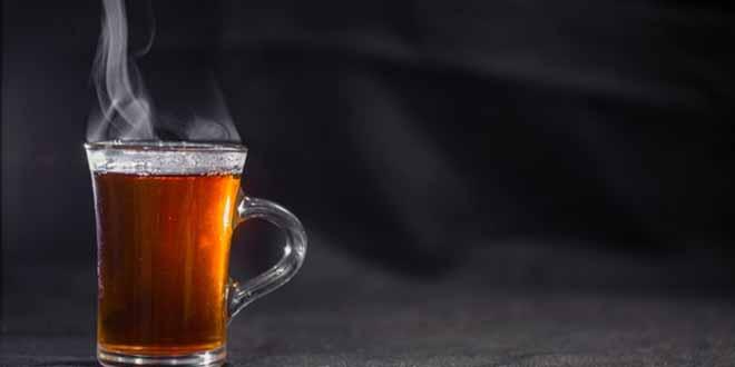 Etude: boire du thé chaud augmente le risque de cancer de l'œsophage