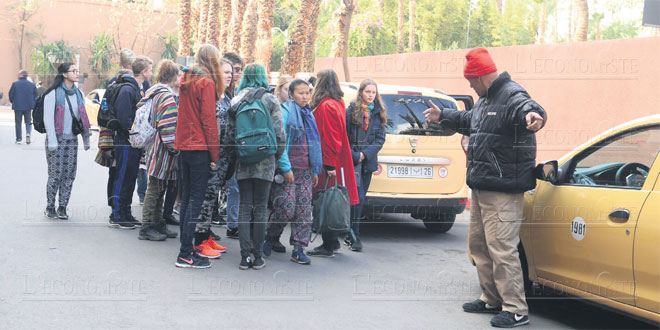 marrakech-taxis-touristes-00.jpg