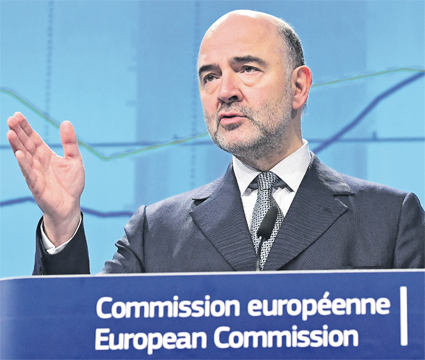 pierre_moscovici_le_commissaire_europeen_aux_affaires_economiques_017.jpg