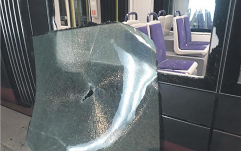 vandalisme_du_tramway_022.jpg